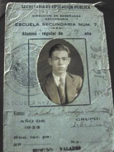 Valadés credencial secundaria 1933