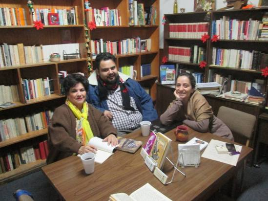 Círculo de lectura, Ma Elena Solorzano y Gloria